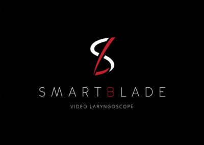 FREE SmartBlade App enables operator to customize screen orientation, perform video recording and conferencing, capture still images and upload/store clinical data. In-app technical support and feedback improves device troubleshooting and operator efficiency.